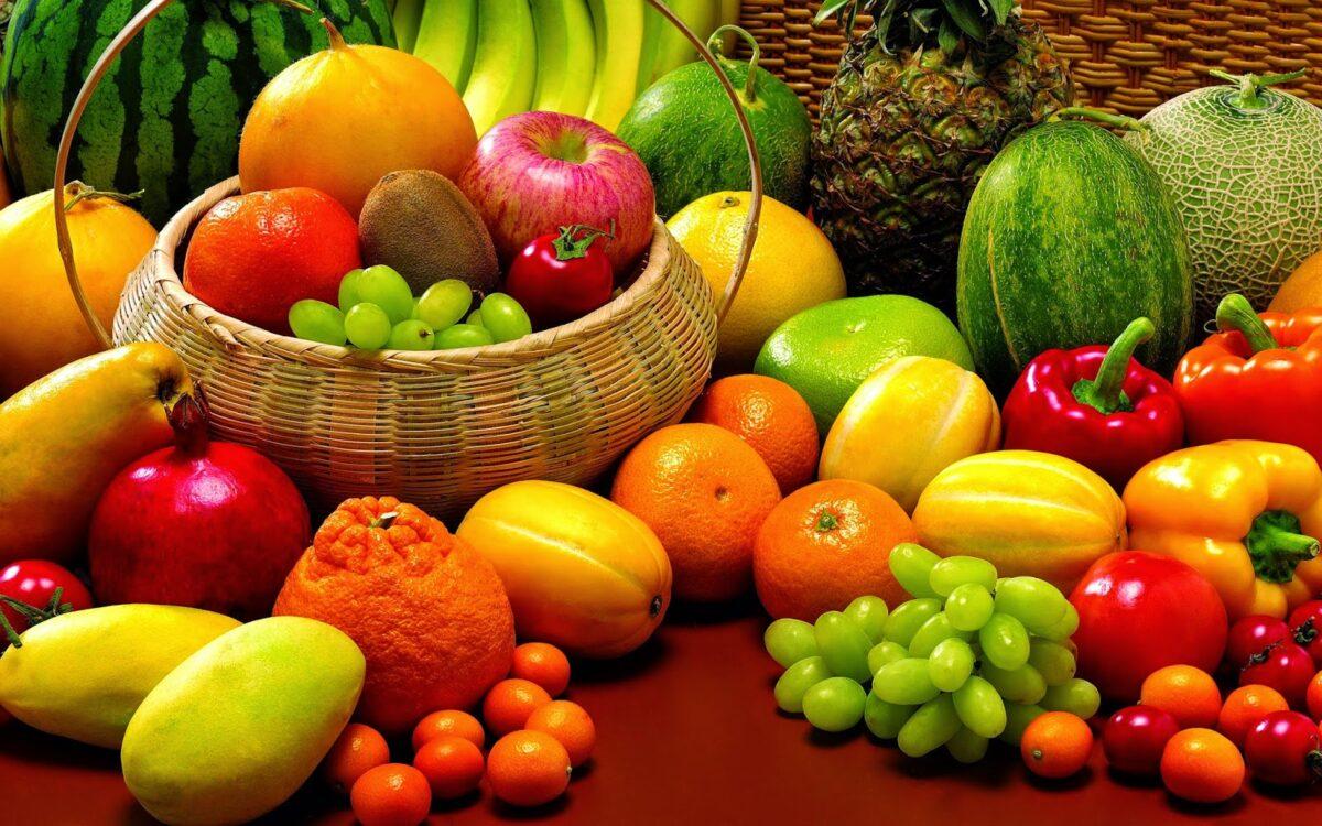 Jaga Kesehatan Mata Dengan Konsumsi Buah-buahan