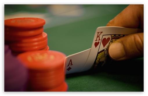 Teknologi Berinovasi Menjadikan Poker Online semakin Popular
